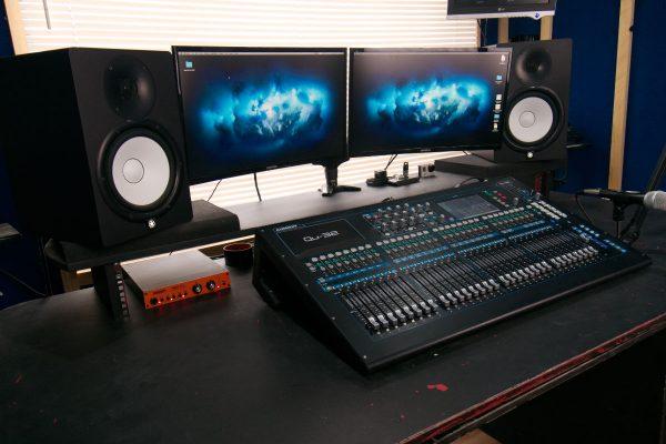 Desk Left Side
